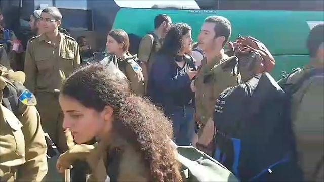 עומסים באוטובוסים בעקבות שביתה ארצית של רכבת ישראל (צילום: אילנה קוריאל)
