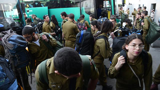 עומסים בבאר שבע מרכז בעקבות שביתה ארצית של הרכבת (צילום: הרצל יוסף)