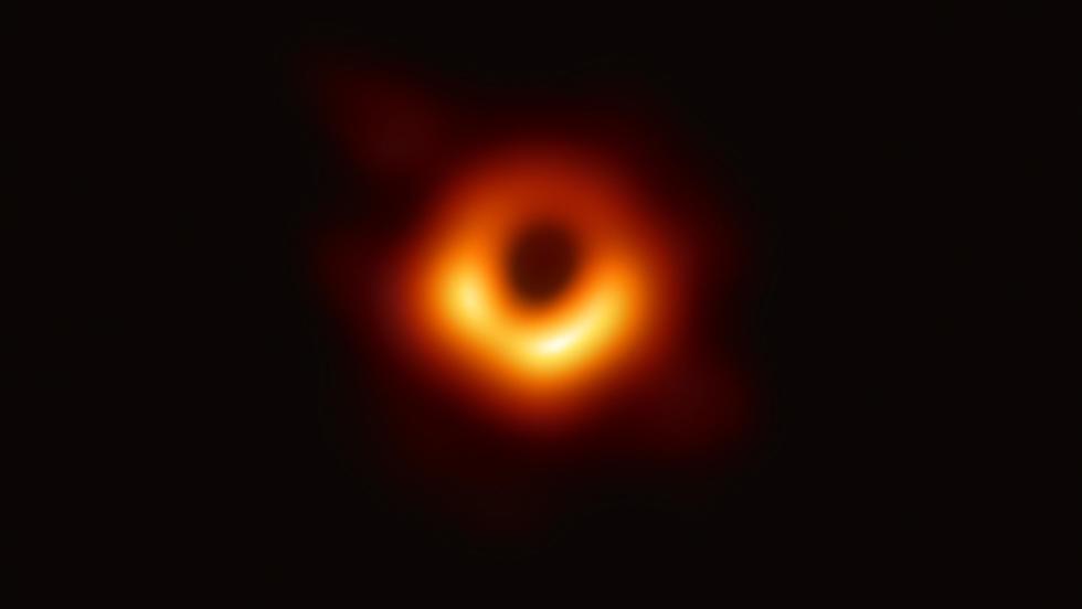 חור שחור (צילום: MCT)