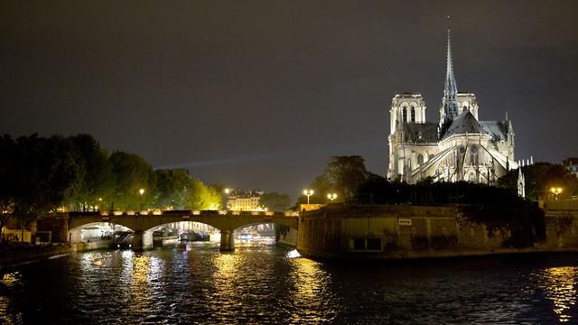 קתדרלת נוטרדאם בפריז (צילום: AP)