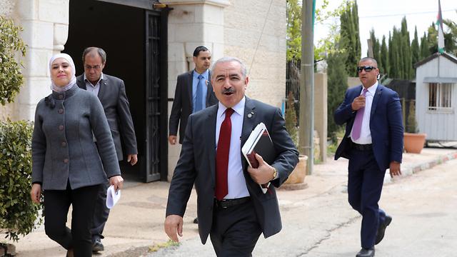 Mohammad Shtayyeh (Photo: EPA)