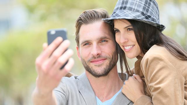סלפי זוגי (צילום: Shutterstock)