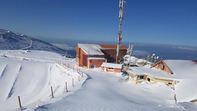 Mount Hermon covered in snow on Tuesday (Photo: Amir Abu Salah)