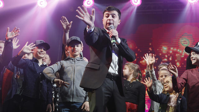 Volodymyr Zelenskiy hosts a comedy show before presidential election
