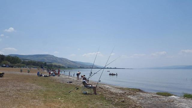 Sea of Galilee beaches on Passover (Photo: Sea of Galilee officials)