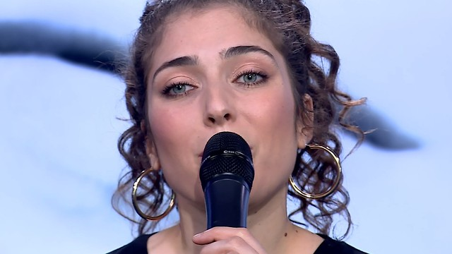 רוני דלומי באולפן ynet ()