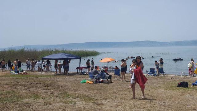 מזג אוויר מטיילים ב חוף גולן בכינרת  (צילום: רשות הכינרת)