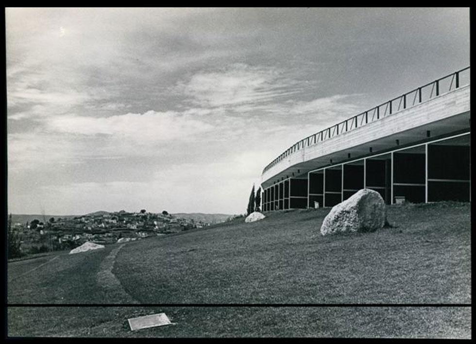 """''מדהים אותי שפרויקט כזה נעלם ללא דיון ציבורי וללא תיעוד'', אומר האדריכל אמנון רכטר, נכד ובן למתכננים (צילום: באדיבות ארכיון """"מרכז רכטר לאדריכלות"""")"""
