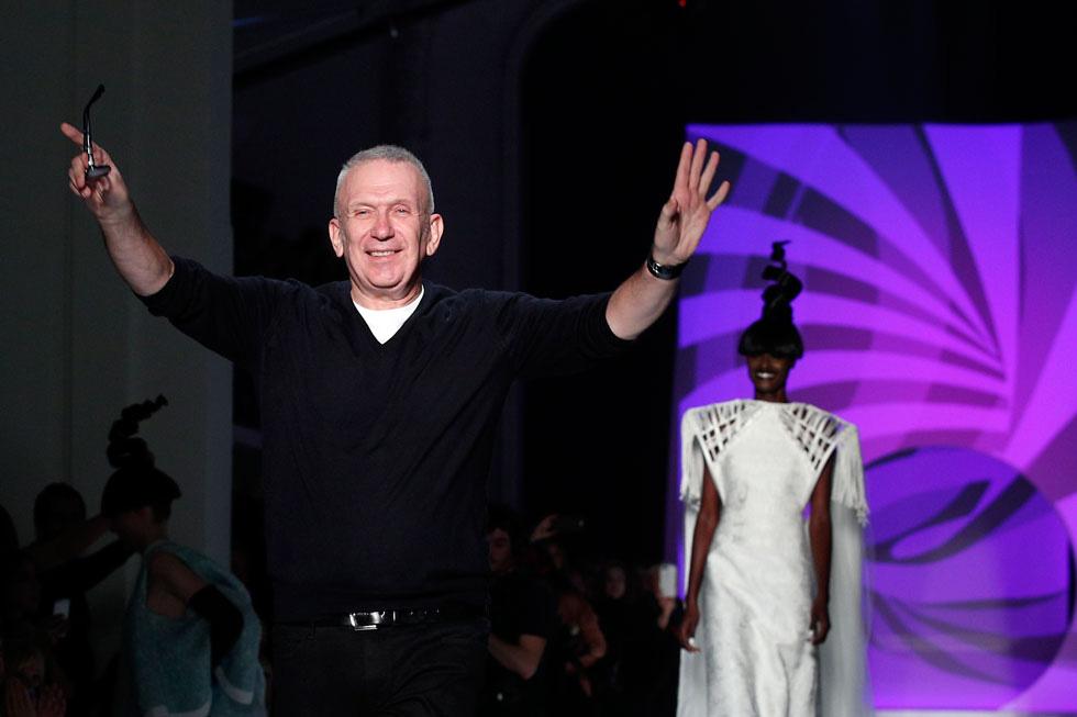 Жан-Поль Готье на собственном показе моды. Фото: AP