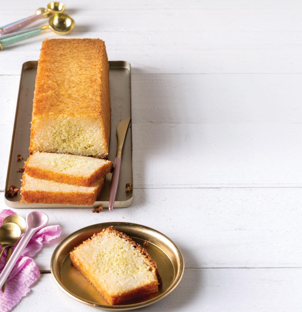 עוגת סולת לימונית (צילום: בועז לביא סגנון: נעה קנריק)