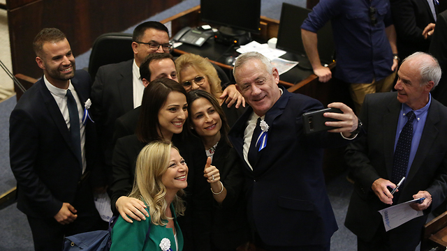 Benny Gantz and other MKs take a selfie during the Knesset's opening ceremony (Photo: Amit Shabi)