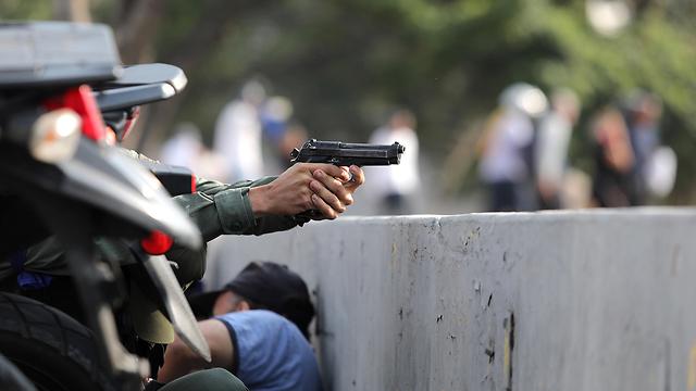נסיון הפיכה בונצואלה (צילום: רויטרס)