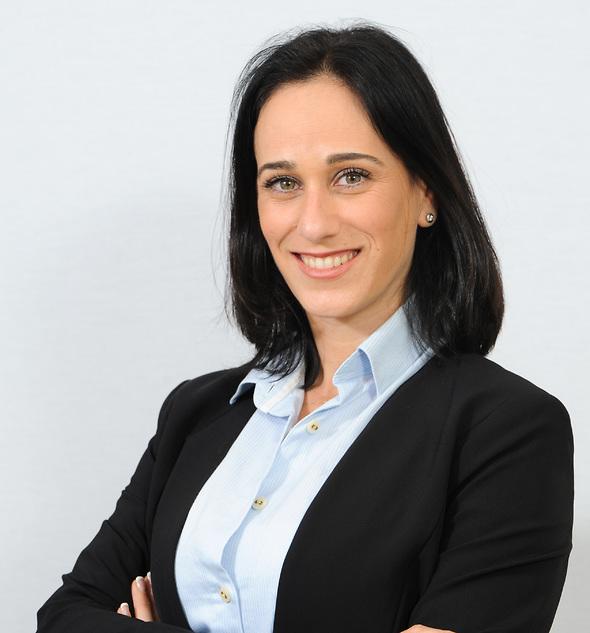"""עו""""ד דפנה סירוטה-הולנדר, מנהלת מחלקת הנדל""""ן וההתחדשות העירונית משרד עורכי הדין (באדיבות משרד עוה""""ד צבי שוב )"""