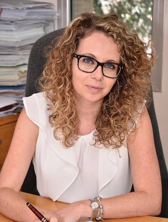 """עו""""ד הילה סלומון מוגילבסקי, בוגרת אוניברסיטת חיפה בעלת ניסיון של יותר מעשור (באדיבות רולוף & יונאי עורכי דין ונוטריונים )"""
