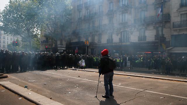 חג הפועלים 1 במאי צרפת פריז מהומות (צילום: AP)