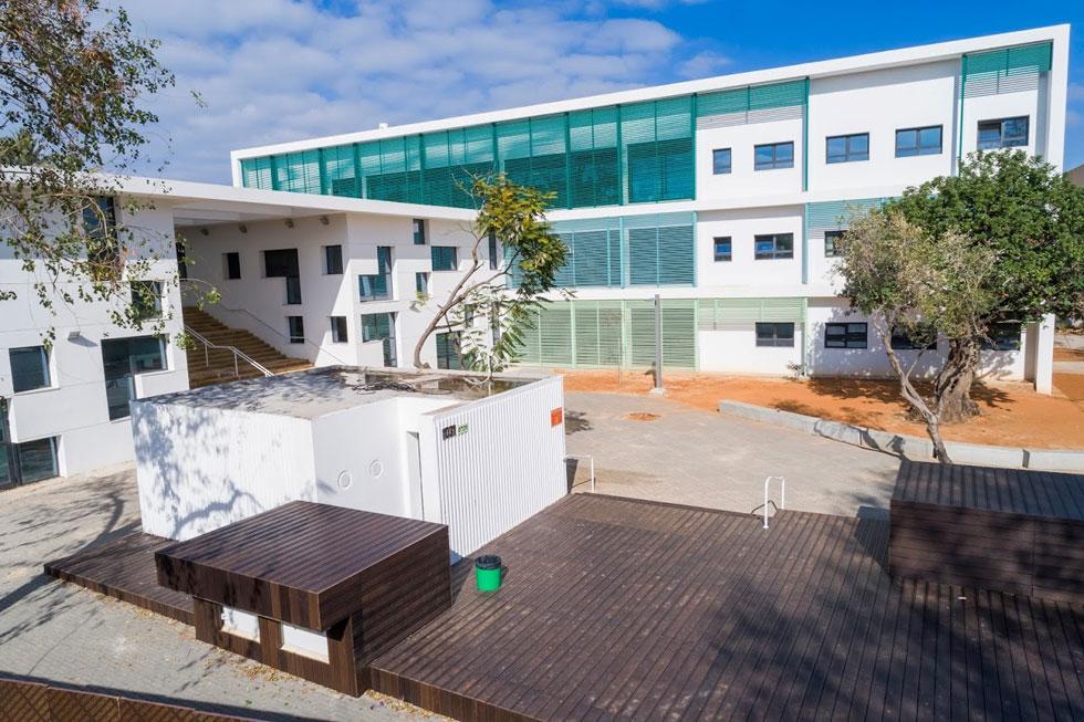האדריכלים ליאור ציונוב וליאור ויתקון תכננו את ''כולנא'', בית ספר דו-לשוני ביפו (צילום: באדיבות עיריית תל אביב-יפו)