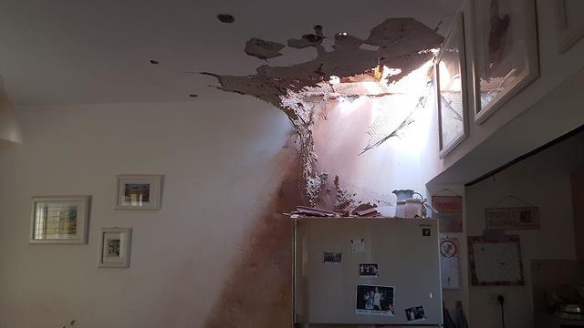 House suffers direct hit in Kibbutz Nahal Oz, near Gaza border