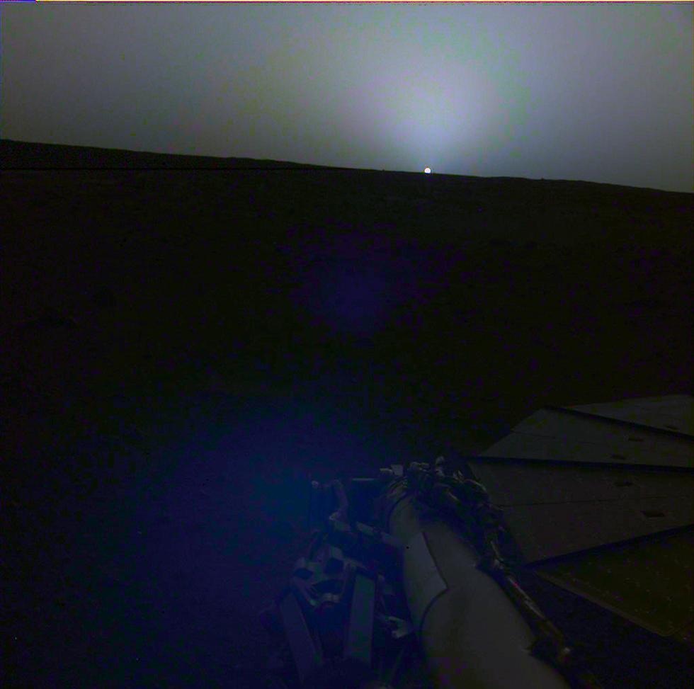שקיעה במאדים בחודש שעבר (צילום: נאס
