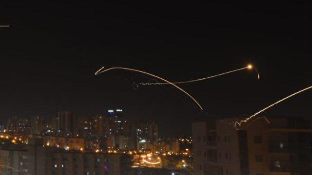 Iron Dome in operation over Be'er Sheva (Photo: Avi Rokah)