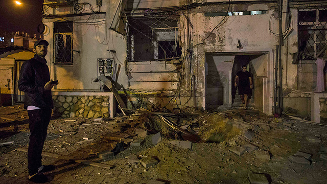 A house in Ashkelon is hit in the May 2019 escalation (Photo: AP)
