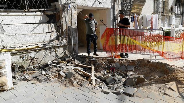 Rocket strike in Be'er Sheva (Photo: AFP)