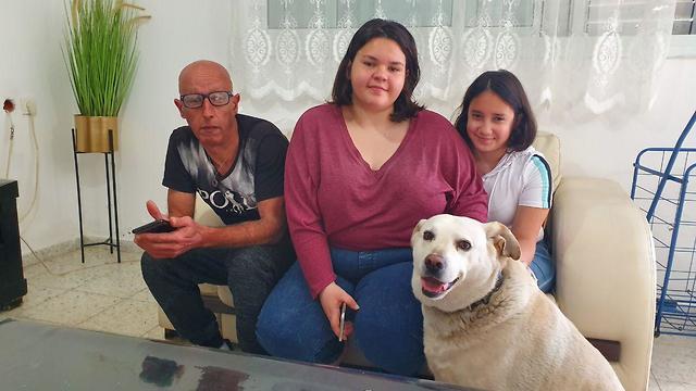 משפחת בן אבו מאשקלון (צילום: אדיר ינקו)
