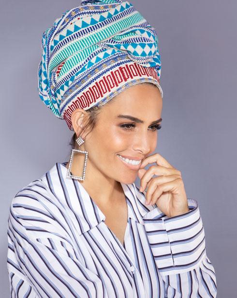 """""""כיסוי הראש שלי מביא ליראת כבוד כלפיי"""" (צילום: עדי אורני, סגנון: גילי אלגבי)"""
