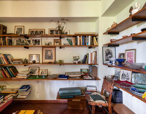 בספרייה (צילום: אילן נחום )