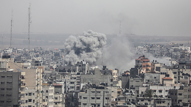The IDF strikes Gaza (Photo: EPA)