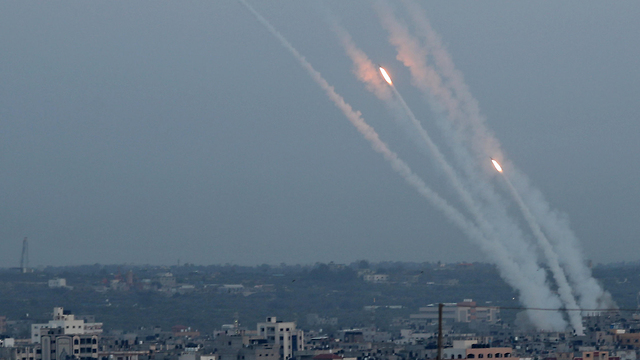 Rockets fired at southern Israel from Gaza (Photo: Reuters) (Photo: Reuters)