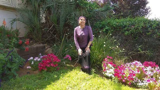 לביאה פז (צילום: מייפל maple )