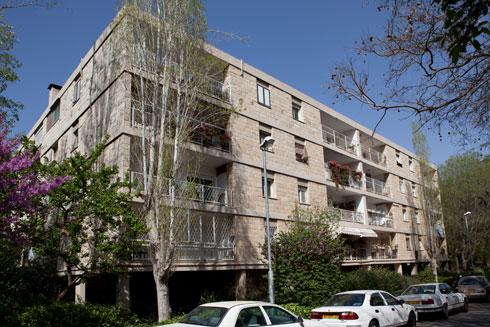 בית העיתונאים ברחוב פינסקר בירושלים. עוד פרויקט משותף של איתן וישר, לפני הפירוק (אדריכלים: דן איתן יצחק ישר (זל) אדריכלים)
