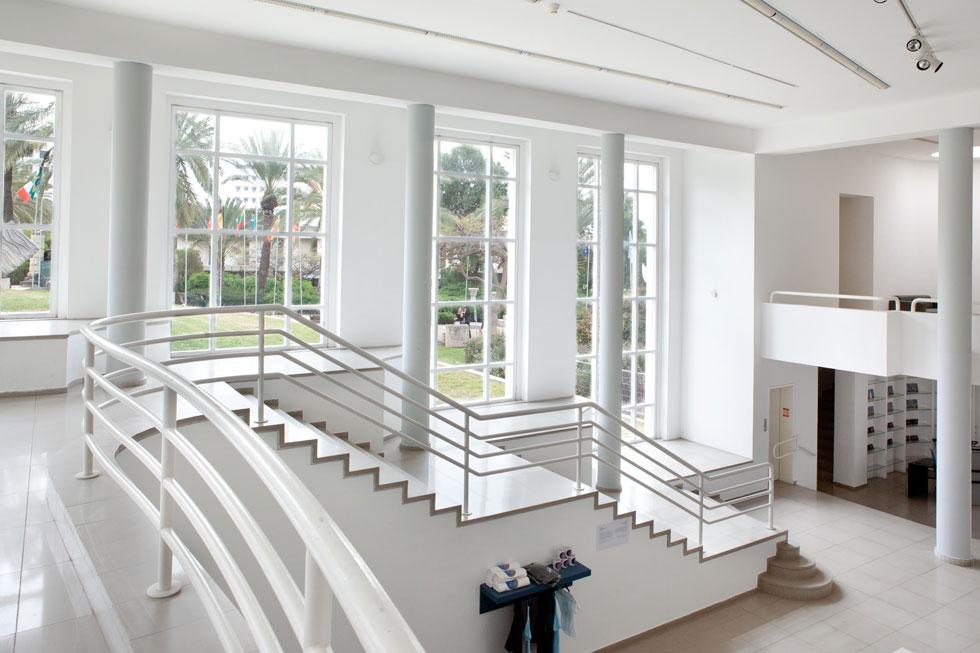הגלריה של אוניברסיטת ת''א (בשיתוף ברכה חיוטין). ''אדריכל טוב, כל החיים הוא משתנה. זה מקצוע טוטאלי'' (צילום: אלי איתן, אדריכל: דן איתן בשיתוף אדריכלית ברכה חיוטין)