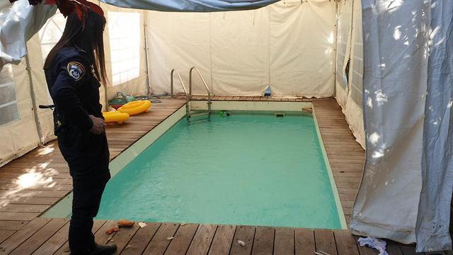 הבריכה בה טבע הפעוט (צילום: דוברות המשטרה)