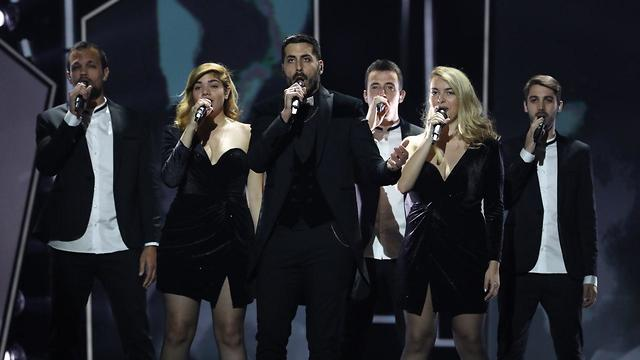Kobi Marimi and his backing singers rehearse the Israeli Eurovision entry (Photo: Oren Aharoni)