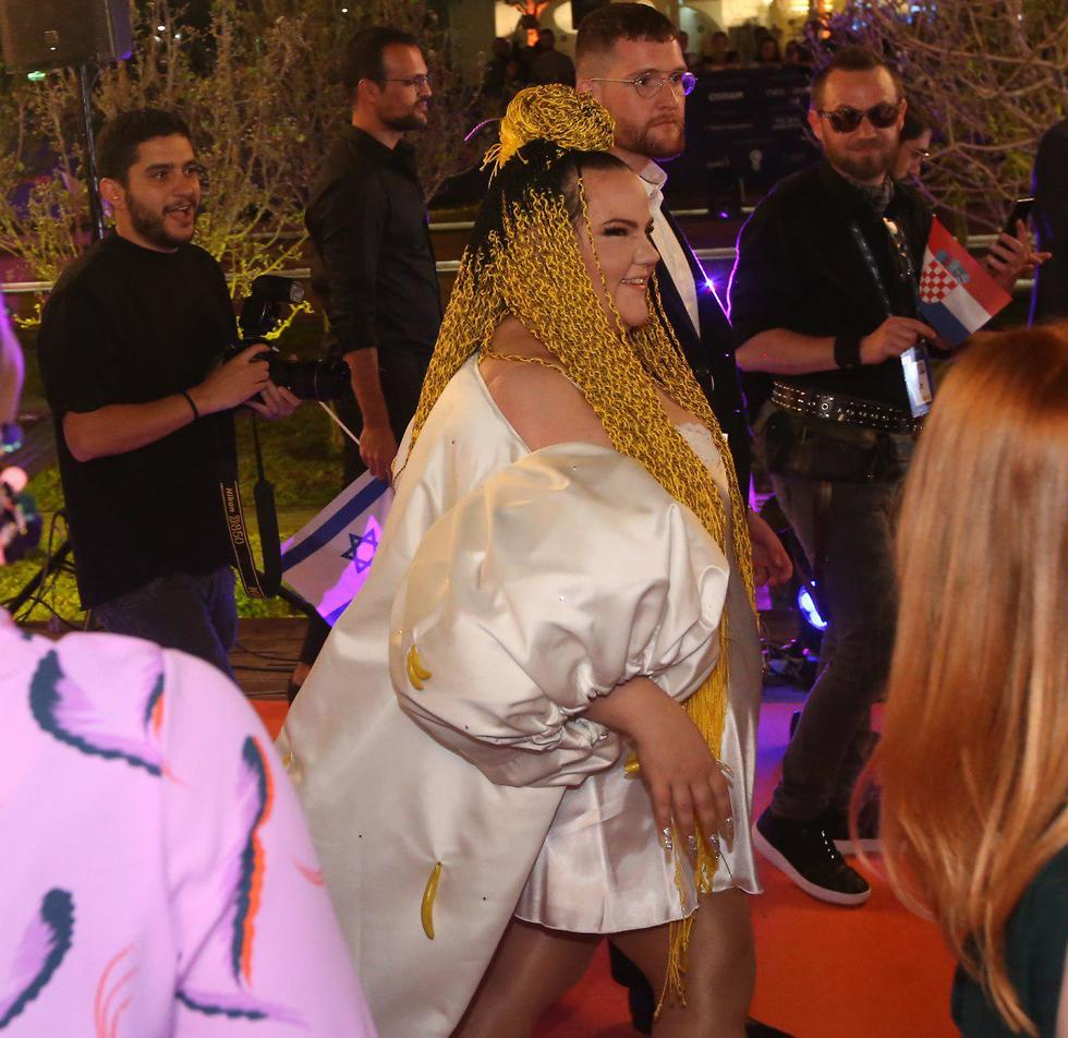 Netta Barzilai in the orange carpet