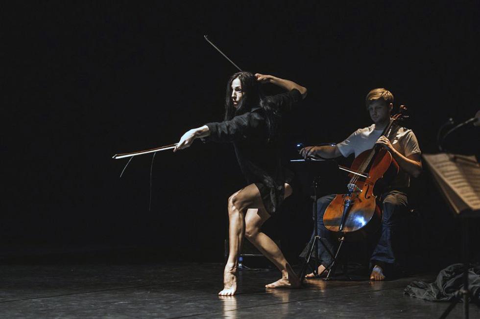 """Сцена из балета """"Времена года"""". Фото: Эгле Сабаляускайте (предоставлено Центром Сюзан Далаль)"""