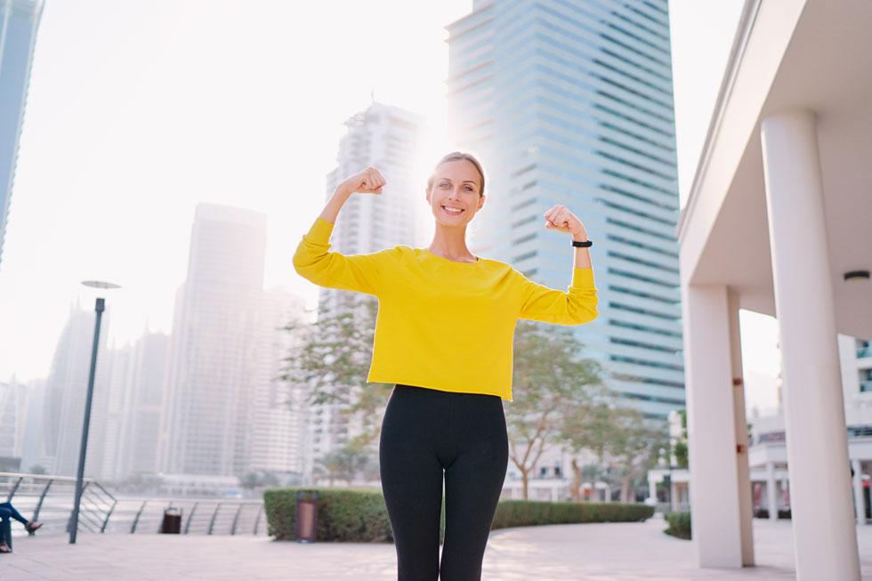 אנשים מאושרים נוטים להיות בריאים, רזים וחזקים יותר (צילום: Shutterstock)