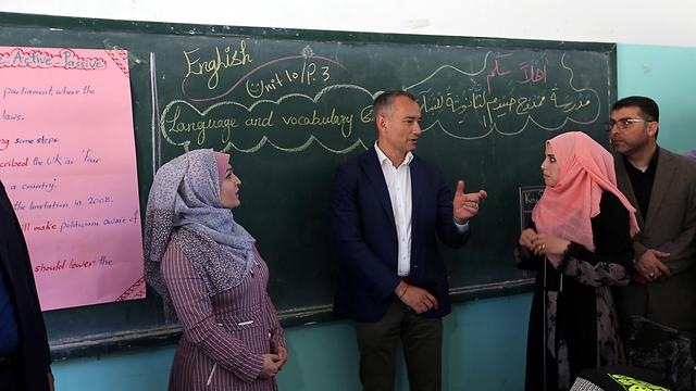 Nickolay Mladenov in Gaza in May (Photo: Reuters) (Photo: Reuters)