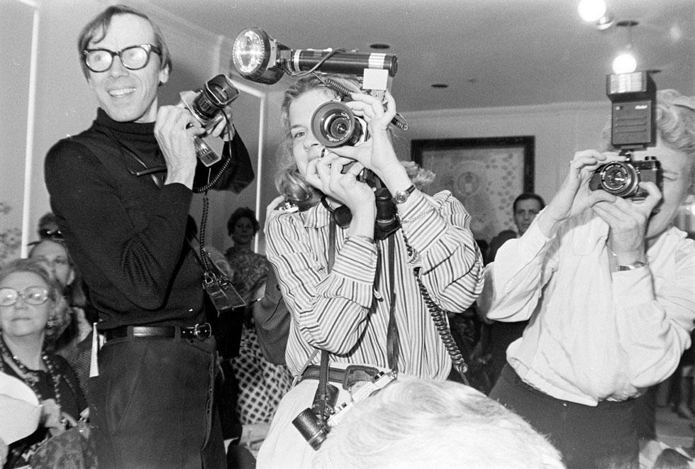חי חיים נזיריים בדירת סטודיו קטנה בקרנגי הול עם מיטת יחיד, ובגיחותיו לשבועות האופנה באירופה לן במלונות זולים של שני כוכבים, בניגוד לתדמית היוקרתית של אנשי אופנה. 1976 (צילום: rex/asap creative)