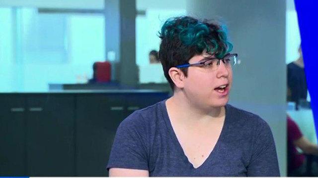 ריאיון באולפן ynet פלג בר-לב טרנסים (צילום: טל אזולאי)