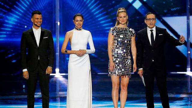 Ведущие Евровидения: Аси, Люси, Бар и Эрез. Фото: AFP