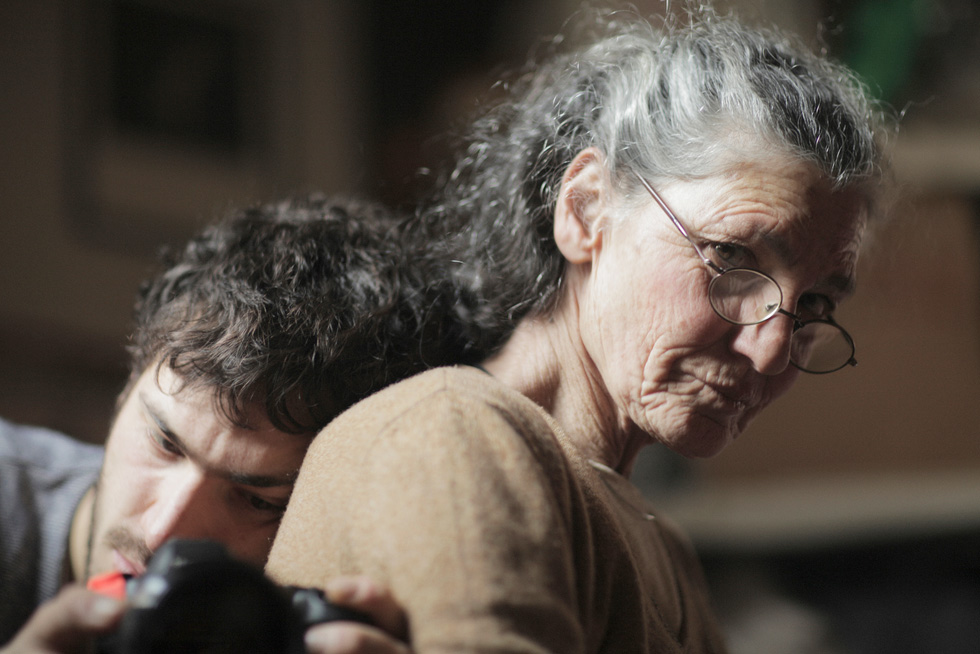 """""""כשמשתמשים באיטליה במילה להיעלם, הכוונה למוות בצורה מנומסת יותר. זה המתח של הסרט, וכל אחד יכול לחשוב עליו באופן אחר. עבור אמא שלי זה גם מוות, כי כולנו מתים בסופו של דבר"""". מתוך """"אמי נעלמת"""" (צילום: Beniamino Barrese)"""