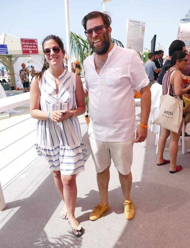 לפני 4 חודשים, יחד עם אשתו רינת (צילום: אמיר מאירי)