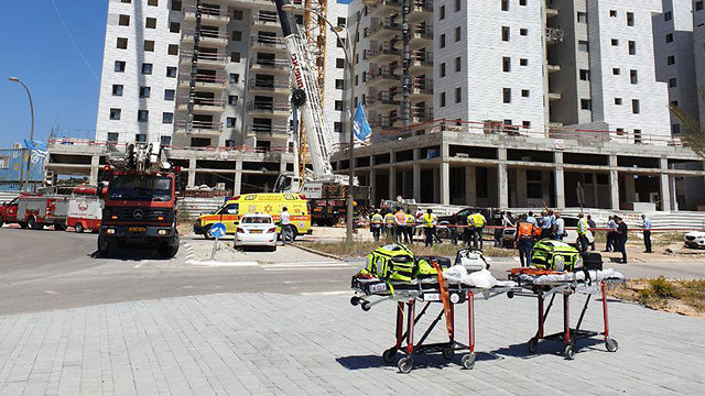 Site of fatal crane collapse (Photo: Avi Mualem) (Photo: Avi Moalem)