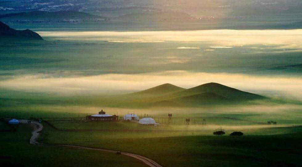 מרחבי העשב האדירים של מונגוליה התיכונה.  (צילום: איה בן עזרי)