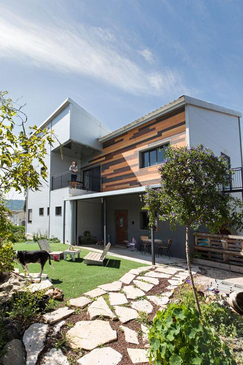 הבית מלפנים (צילום: שירן כרמל)