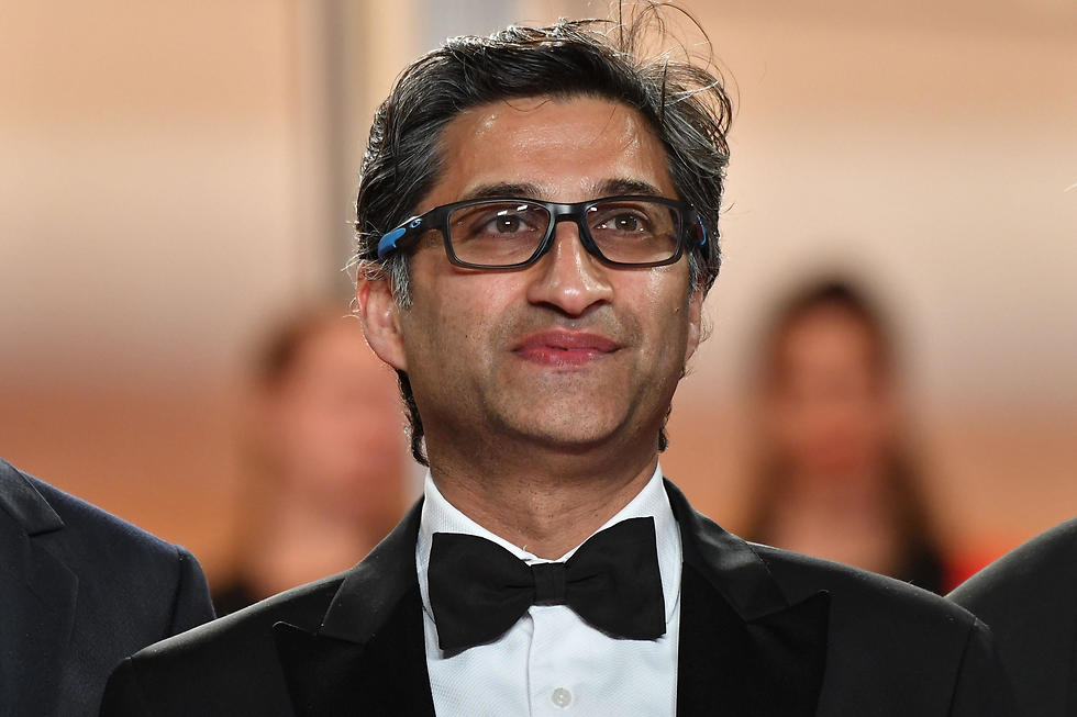 הבמאי אסיף קפדיה על השטיח האדום בפסטיבל קאן (צילום: AFP)