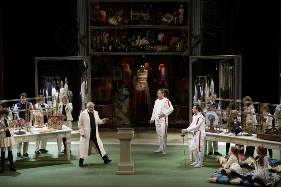 """Сцена из оперы """"Так поступают все женщины"""". Фото: пресс-служба Израильской оперы"""