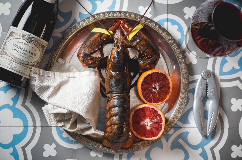 מנות נדירות של דגים טריים, סרטנים ולובסטרים. מסעדת תלפיות (צילום: דורי אהרון )